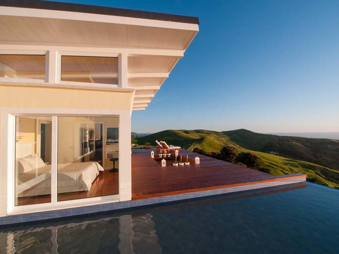 Boutique Seaside Lodge at the coast on top of Hill in the Waimarma Bay close to Havelock North Hawkes Bay